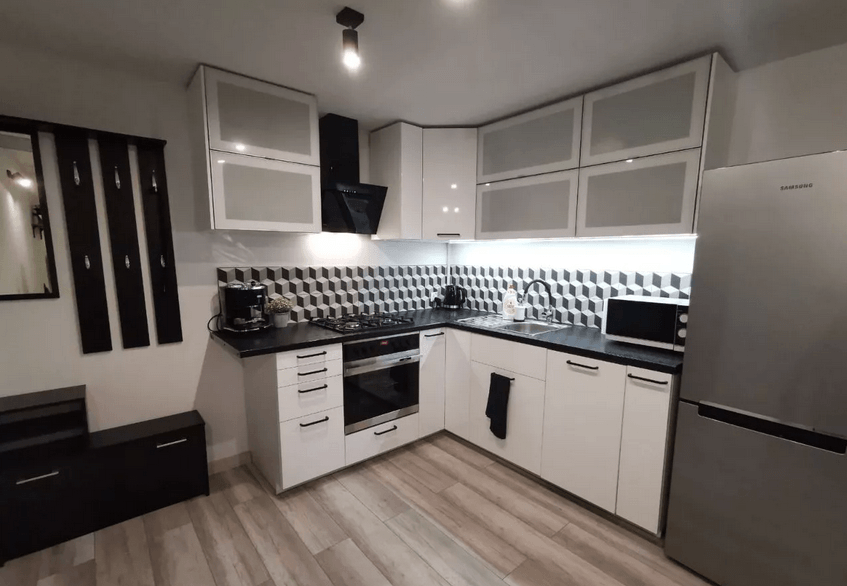 Trendy 2 Rooms apartment in South City Center