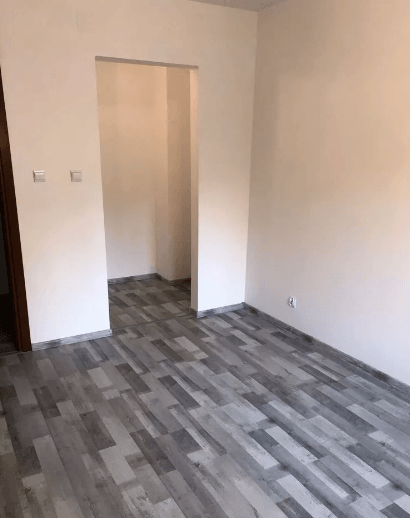 Spacious 3 rooms apartment near Wroclaw University